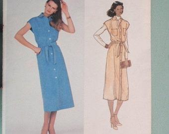Uncut Designer Bill Blass for Vogue misses dress or jumper in size 10
