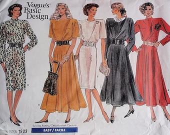 Uncut Dress Pattern, Misses and Misses Petite pattern, Uncut Vogue 1923 in size 14 and size 16 and size 18, 5 veriations