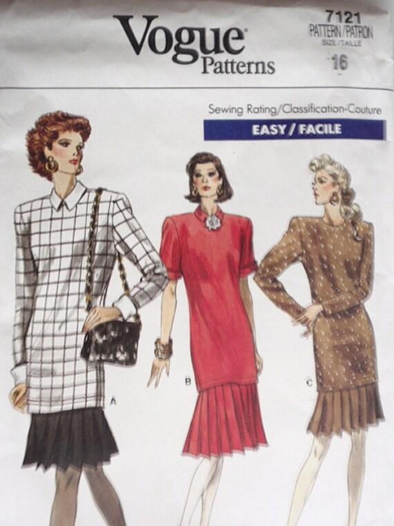 Dress Pattern, Uncut Vogue 7121 Misses and Misses Petite Dress in Size 16