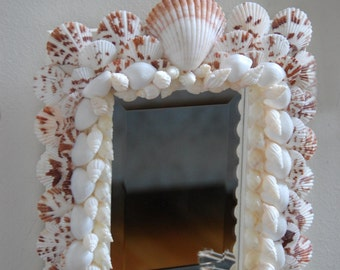 Mirror with Scallop Shells
