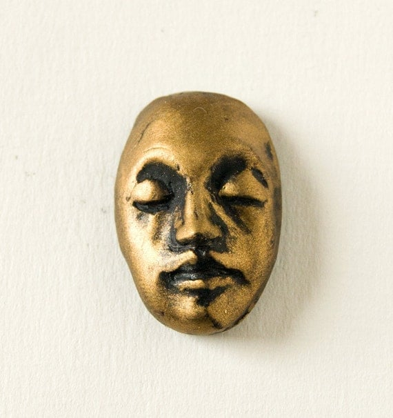 Face Cabochon in Black and  Metallic Bronze
