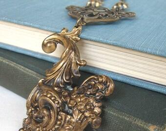 Cornucopia III - Golden brass neovictorian necklace - Elysia