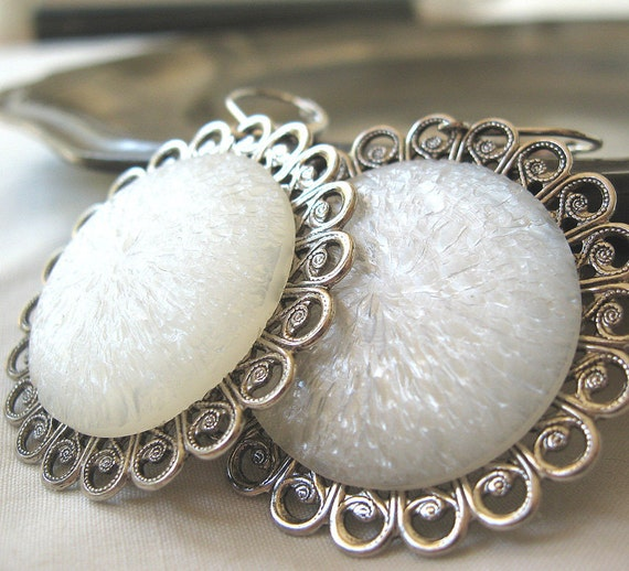Ice Circles - White Lucite silver earrings - Snow Queen