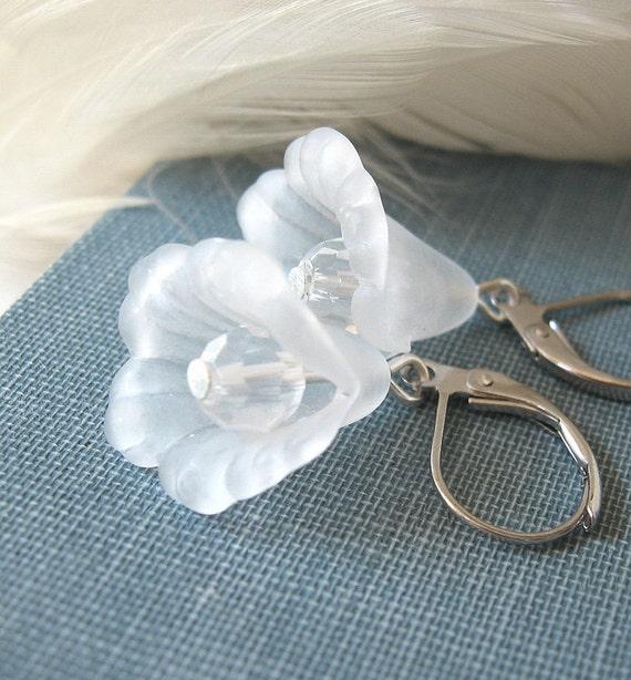 Winter Hyacinth II - White flower winter earrings - Snow Queen
