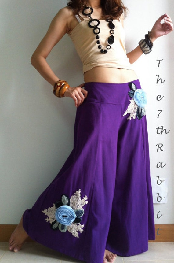 Remember me....Capri Wide Leg Pant with Sweet Appliqué Floral in Violet
