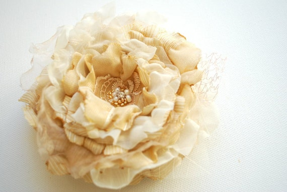 Champagne-cream brulee  romantic rose-Vintage inspired-Bride,bridesmaid-Vintage wedding-Brooch, comb, hair clip, sash flower.