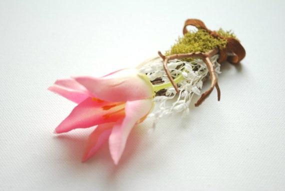 Pink tulip-Boutonniere-Brooch-Outdoor,woodland weddings accessories -Nature pin-Groom,groomsmen