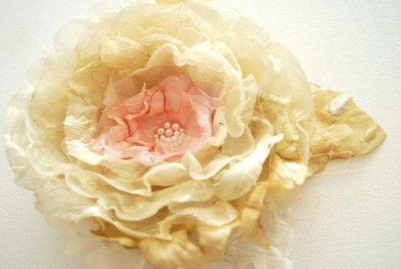 RESERVED-Champagne-cream-beige-pink romantic rose-Bride,bridesmaids-Vintage Weddings Accessories Hair-Brooch,corsage,fascinator,comb.