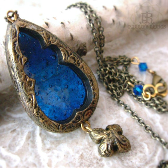 Window of Belvane - Stained Glass Gothic Arch Necklace