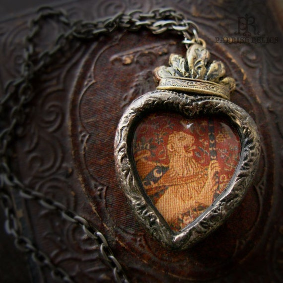 Rampant Lion - Sacred Heart Tapestry Pictorial Necklace