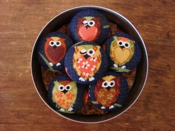 Friendly Little Owl Pushpins in Blue