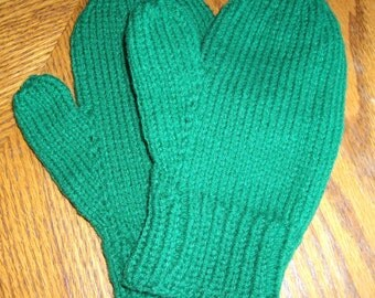 Mittens Handknit  for Ladies or Teens in Kelly Green