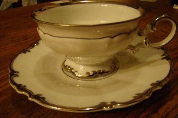 Vintage revere china made in ohio