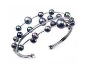 Cluster Black Pearls Bracelet Stainless Steel Wire