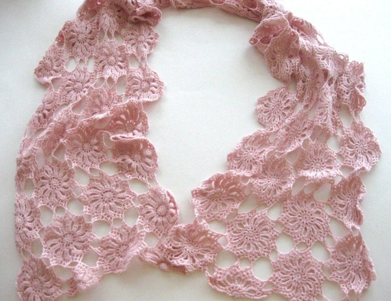 Vintage Neck Scarf Crocheted  Pink Pinwheels Handmade
