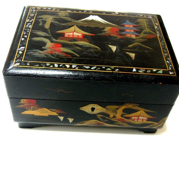 Vintage Jewelry Box Music Box Black Lacquer Mother Of Pearl