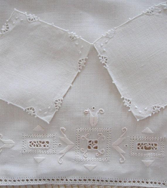 Vintage  Doily  Wedding  Ivory White Drawn Thread Work Crochet Edging  Set of Three