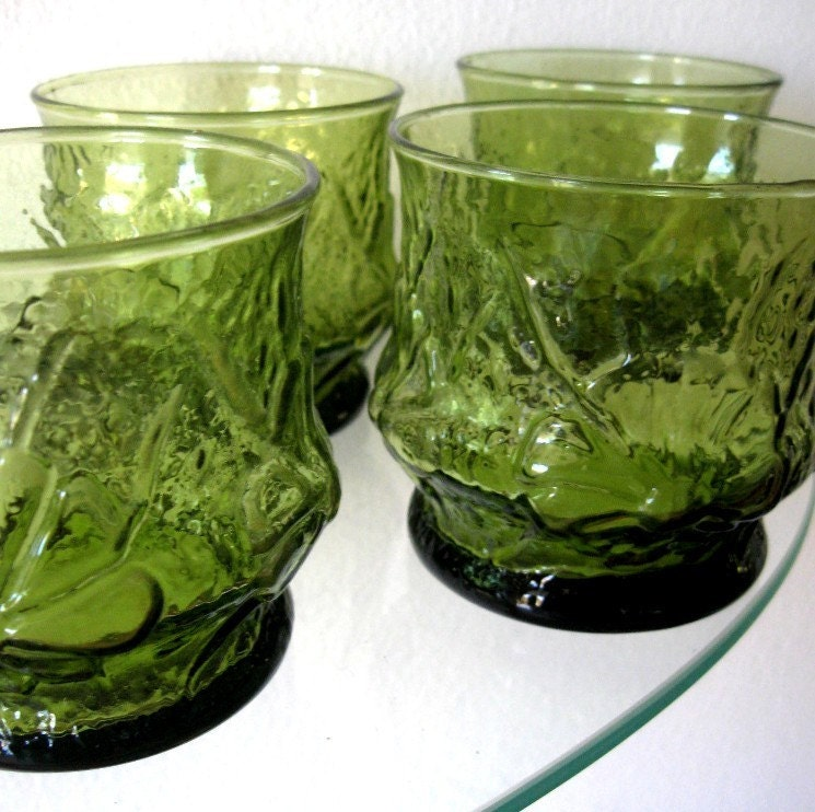 Vintage Drinking Glasses Green Flower Depression E O Brody Set