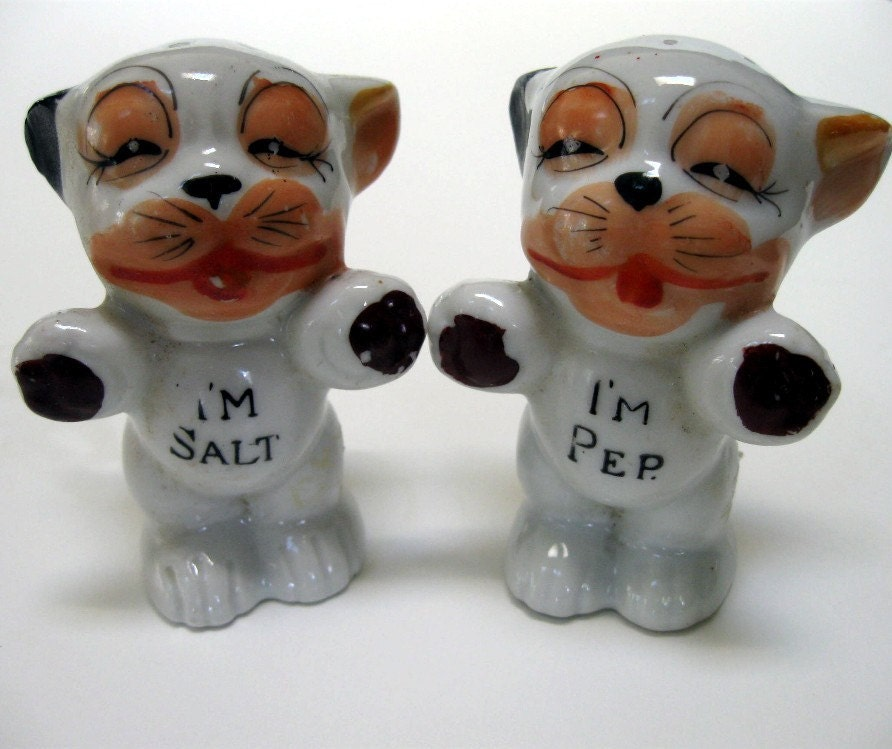 Vintage Cute Kitty Cat Kitten Salt And Pepper Shakers 1950s