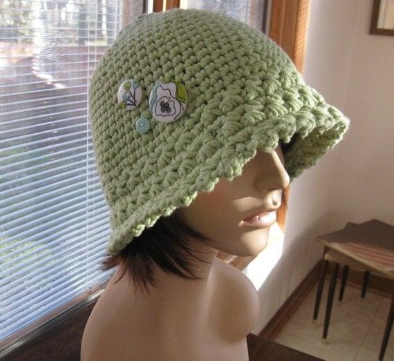 Minty Green Crochet Cloche
