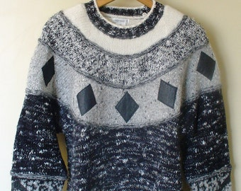 Sweater Black and White Small Diamond 1980s Vintage