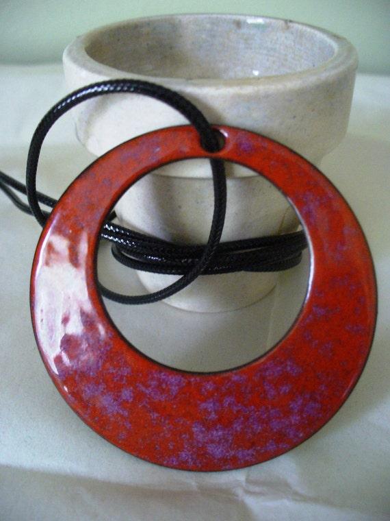 Circle Necklace Russet Purple Enamel Sixties
