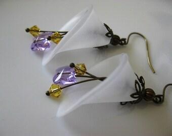 Vintage Butterfly Calla Lily Earrings