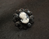 Fair Lady Cameo Filigree Ring