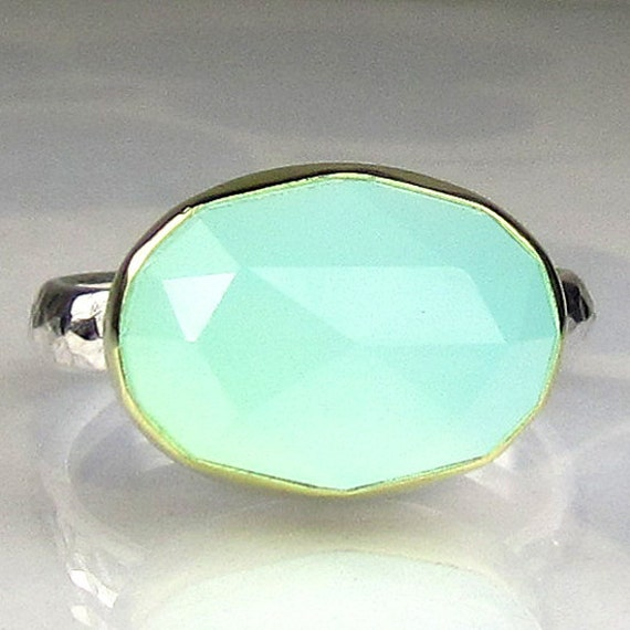 Sea Green Chalcedony Ring - Rose Cut 18k Gold an Sterling