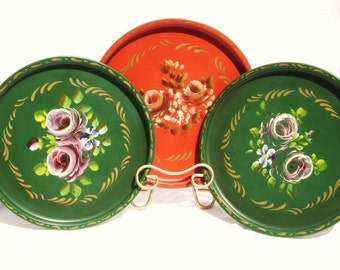 Beautiful Vintage Tray Trio, Round Metal, Handpainted Floral Roses, Nash Co, Three for the Money and Good to Go, Instant Collection