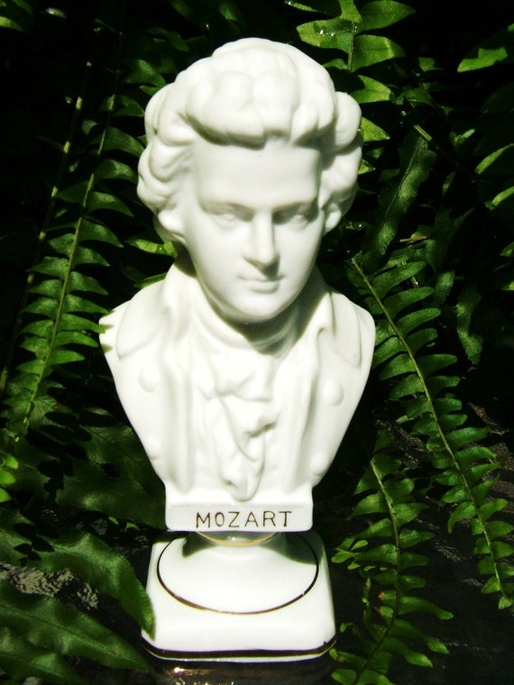 Vintage Mozart Bust Porcelain Gold Edging 5 5 Inches Tall