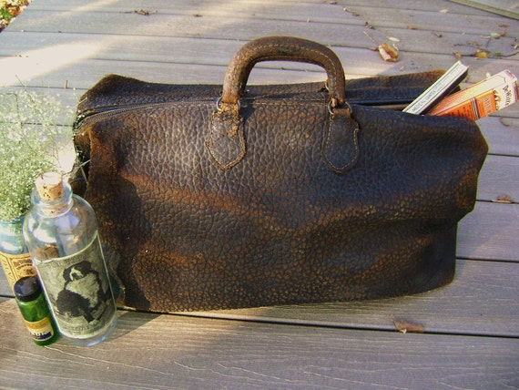 Vintage Doctor Bag, ANTIQUE, Black Cowhide Leather, Old and Worn, House Call, Stage Prop, Medical School, Oz, REDUCED