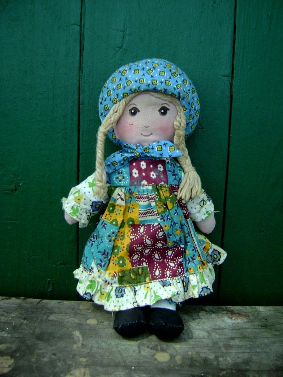 Vintage Holly Hobbie Cloth Doll Knickerbocker Toys By