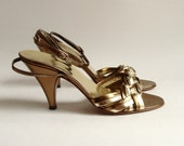 RESERVED for alexanderekhdal - shoes size 7 / gold leather disco heels / 1980s Hana Mackler / made in Italy