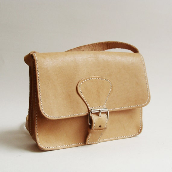 tan leather satchel purse / strap and buckle purse / small crossbody bag / cross body purse