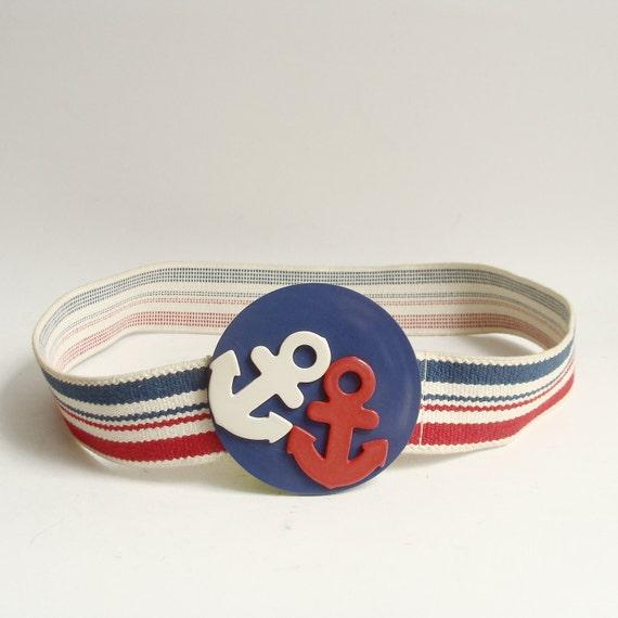 nautical belt / 70s 1970s waist belt / large buckle nautical kitsch / elastic belt / vintage belt