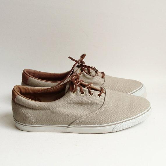 shoes 9.5 / tan canvas boat shoes / 80s 1980s preppy topsiders / tan canvas sneakers / shoes size 9.5 / vintage shoes