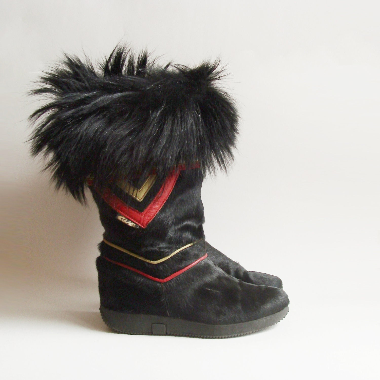 Boots 7 5 Tribal Furry Snow Boots Fur Trim Pony Boots