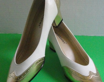 White and Gold Pumps.Size 7M. 1980s Never worn.