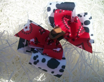 Toddler Hair Bow, Country Girl Cow Print and Red Bandana Western Hairbow. Cow Boy Hat hair Bow, Hair bow. Girl Western Hairbow,Cow Print Bow