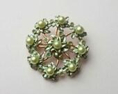 Green Pearl Leaf Brooch