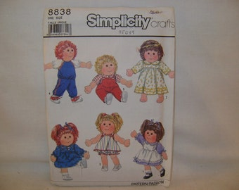 Simplicity Wardrobe Pattern for Dolls