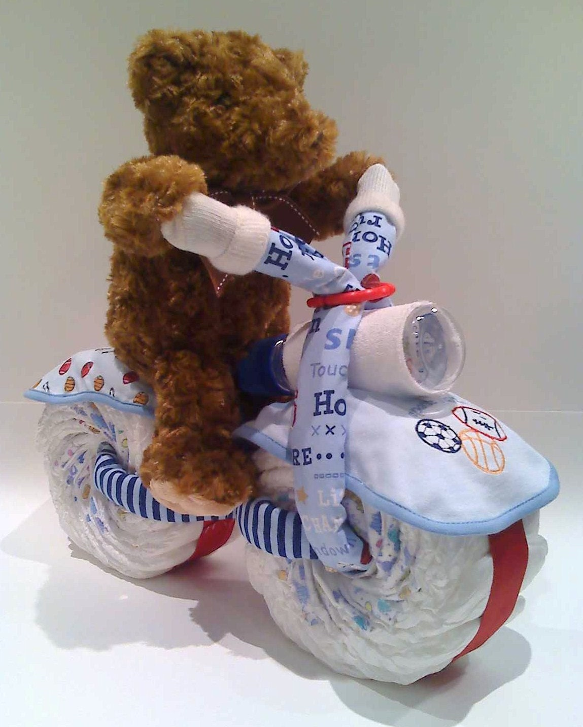 Adorable Bike Diaper Cake Gift Or A Centerpiece For Baby