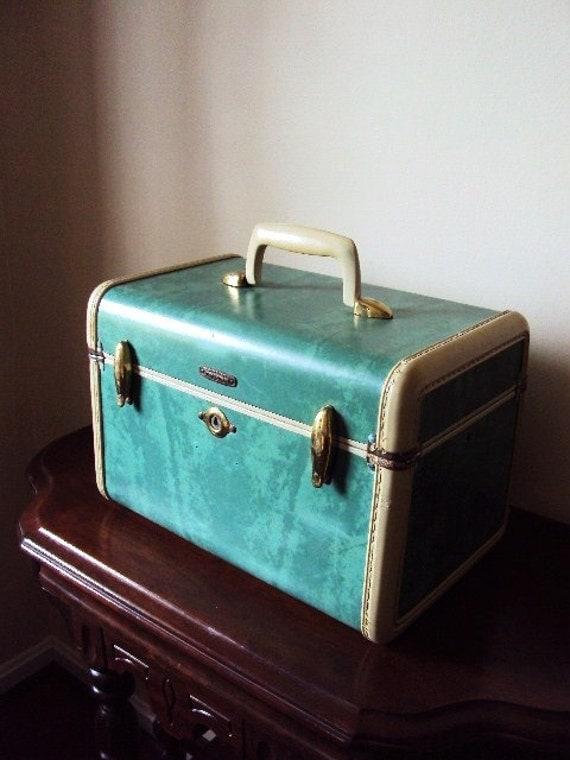 Vintage Samsonite Train Case in Retro Blue
