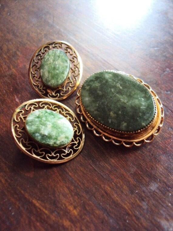 Vintage Winard Brooch and Earrings Set Gold filled and Genuine Jade