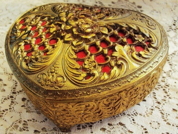 Vintage Gilded Jewelry Casket Jewelry Box in Antique Brass