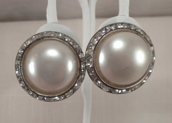 Vintage Big MAD MEN Cream Faux Pearl Rhinestone Button Clip On Earrings TLC