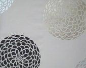 Flower Stencil Zinnia Grande X-SM - Flower stencils for walls, crafts, furniture and fabrics - Floral designs for DIY decor - Wall stencils