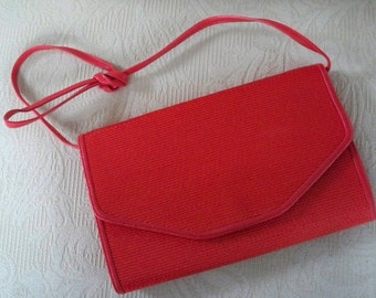 Vintage Purse Summer Red Woven Straw Envelop Shoulder Purse Cross Body