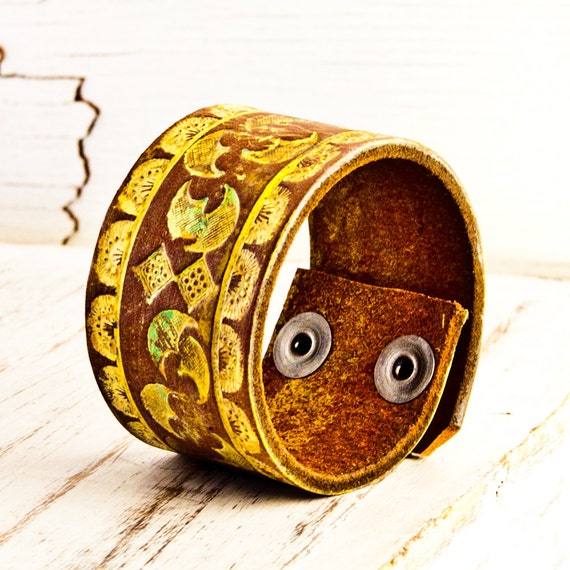 Winter  Colors Leather Cuff Vintage Jewelry